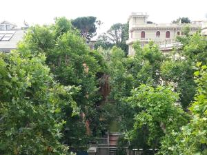B&B Albaro, Bed and breakfasts  Genoa - big - 22
