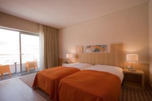 Hotel Praia, Отели  Назаре - big - 30