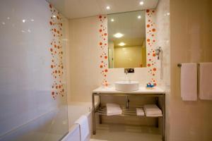 Hotel Praia, Отели  Назаре - big - 25