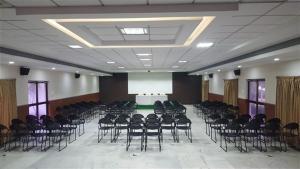 Gayathri Hotels, Hotels  Tiruppūr - big - 23