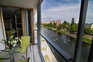 Stay-In Riverfront Lofts, Апартаменты  Гданьск - big - 62