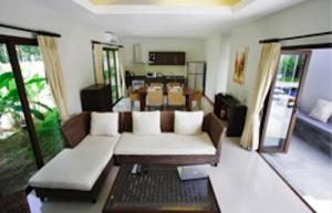 Villa Suksan Rawai, Villen  Rawai Beach - big - 49