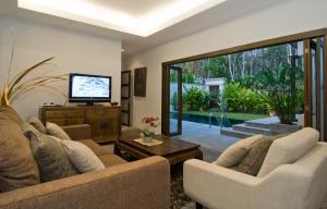 Villa Suksan Rawai, Villen  Rawai Beach - big - 58