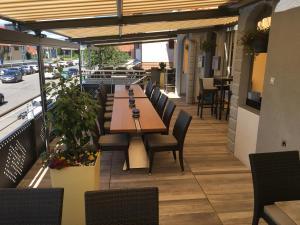 Hotel Restaurant Jura, Мини-гостиницы  Kerzers - big - 38