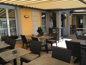 Hotel Restaurant Jura, Мини-гостиницы  Kerzers - big - 40