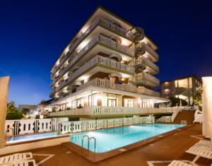 Hotel Savoy, Hotely  Caorle - big - 1