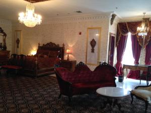 Governors Suite