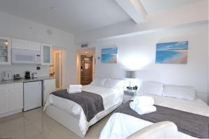 Premium Studio Apartment with Balcony and Ocean View
