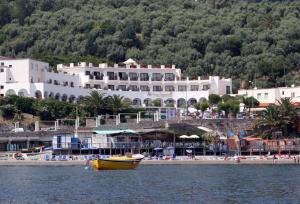Punta Campanella Resort & Spa - AbcAlberghi.com