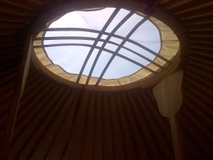 Almond Grove Yurt Hotel, Zelt-Lodges  Ábrahámhegy - big - 9