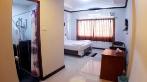 Khum Nakhon Hotel, Hotel  Nakhon Si Thammarat - big - 3