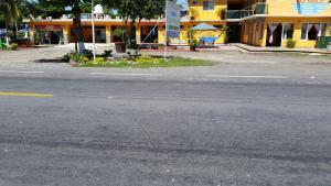 Hotel y Balneario Playa San Pablo, Отели  Monte Gordo - big - 109