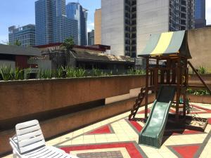 Short Term Rentals Makati Parkplace, Apartmány  Manila - big - 6