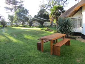 Absolute Leisure Cottages, Апартаменты  Machadodorp - big - 29
