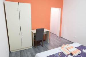Guest House Konaciste Valis, Penziony  Zrenjanin - big - 65