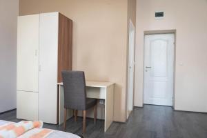Guest House Konaciste Valis, Penziony  Zrenjanin - big - 73