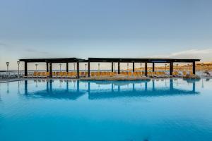 Sunny Coast Resort & Spa- AX Hotels