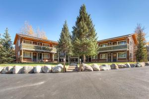Breckenridge Park Meadows - Apartment - Breckenridge