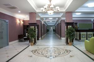 Green Hall Hotel, Hotel  Kamensk-Ural'skiy - big - 34