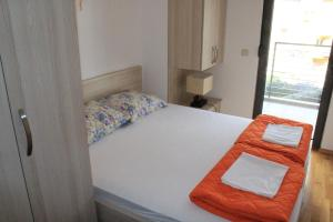 Centar New Mike Apartment, Ferienwohnungen  Budva - big - 9
