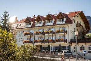 Gasthaus zum Weissen Kreuz - AbcAlberghi.com
