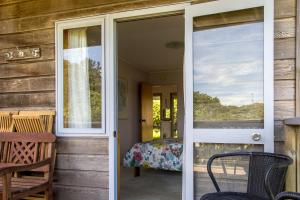 Kowhai Close Accommodation, Guest houses  Oneroa - big - 13