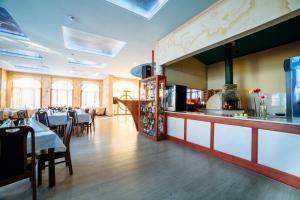 Poseidon Hotel, Hotely  Mariupol' - big - 81