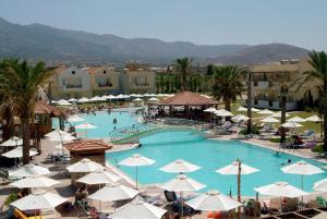 Zorbas Beach Hotel, Hotely  Tigaki - big - 37