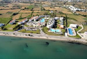 Zorbas Beach Hotel, Hotely  Tigaki - big - 38