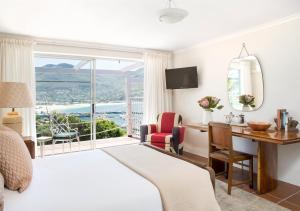 Pokój Dwuosobowy z balkonem i widokiem na morze