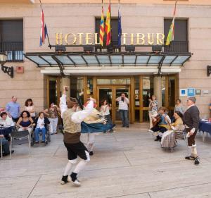 Hotel Tibur, Hotely  Zaragoza - big - 56