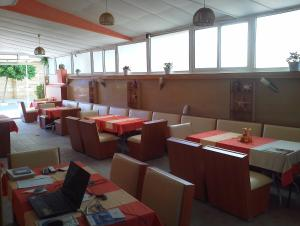 Krasi Hotel, Hotels  Ravda - big - 33
