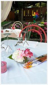 Hotel Azzurra, Hotels  Spinone Al Lago - big - 23
