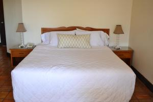 Hotel Quintas Papagayo, Hotels  Ensenada - big - 94