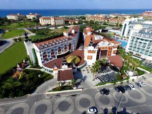 Курортный отель Side Royal Paradise, Сиде