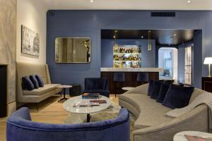 GKK Exclusive Private Suites (32 of 48)