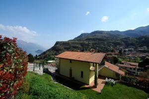 Villetta Katura, Prázdninové domy  Menaggio - big - 10