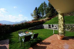 Villetta Katura, Prázdninové domy  Menaggio - big - 16