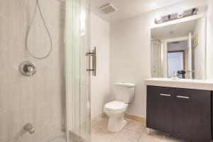 Scarborough North Comfort Stay, Penzióny  Toronto - big - 14