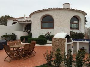 Villa Isola Rossa - AbcAlberghi.com