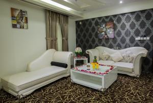 Rest Night Hotel Apartment, Apartmanhotelek  Rijád - big - 133