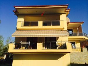 Vergos Hotel, Апарт-отели  Вурвуру - big - 35