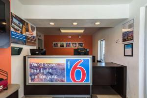 Motel 6 Reno - Virginia Plumb, Hotels  Reno - big - 18