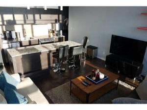 Applewood Suites - 2 BDRM King W, Apartmány  Toronto - big - 16