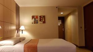Riviera Mansion Hotel, Hotels  Manila - big - 7