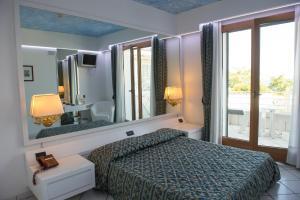Hotel Ristorante Panoramico, Hotely  Castro di Lecce - big - 9