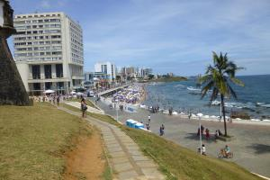 One-bedroom Apartment with Sea view and View to Farol da Barra Praiaville, Apartmány  Salvador - big - 2