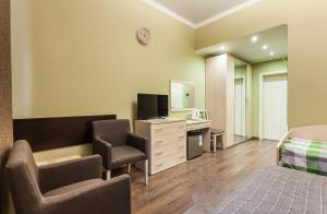 Na Grazhdanskoy 9, Aparthotels  Saint Petersburg - big - 25