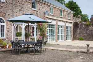 Stoodleigh Court Coach House B & B