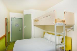 Queen Room with Bunk Bed